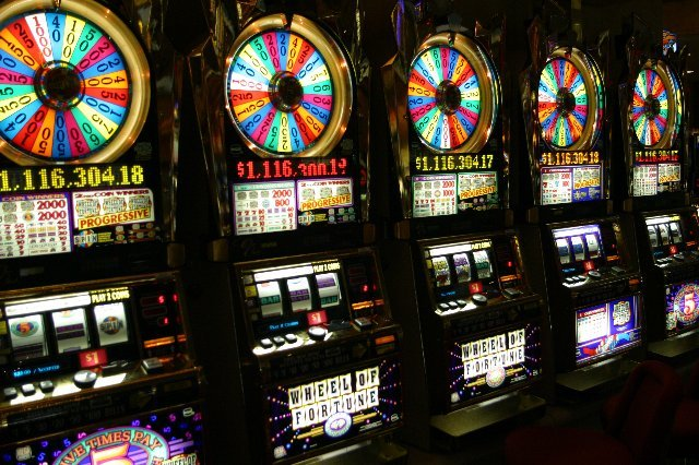 Игровые автоматы в казино Вулкан 777