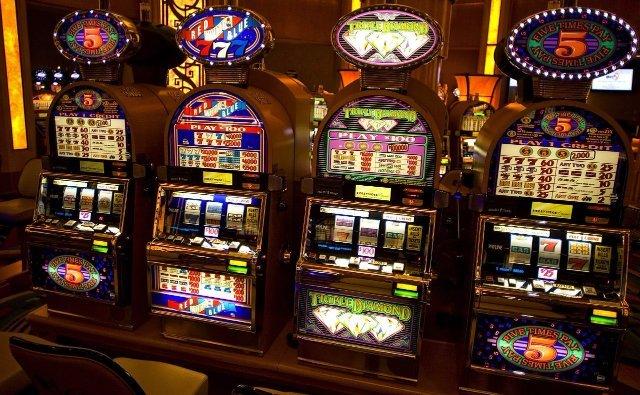 Игровые машины на деньги и быстрым выводом