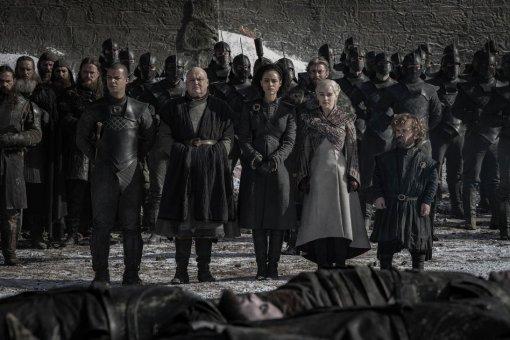 Какой персонаж «Игры престолов» изначально должен был пережить восьмой сезон?