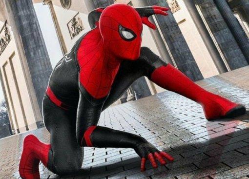 Вышел новый потрясающий трейлер «Человека-паука: Вдали отдома»!