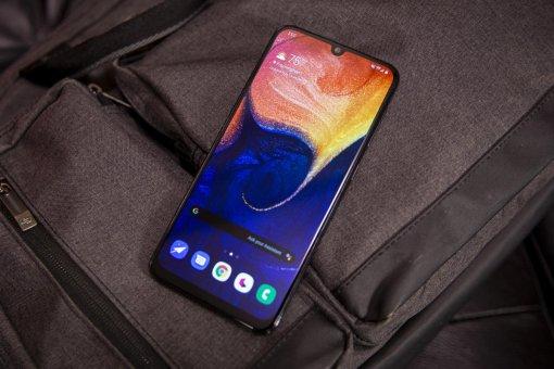 Представлены Samsung Galaxy A30s иA50s: новые хиты собновленными камерами идисплеем