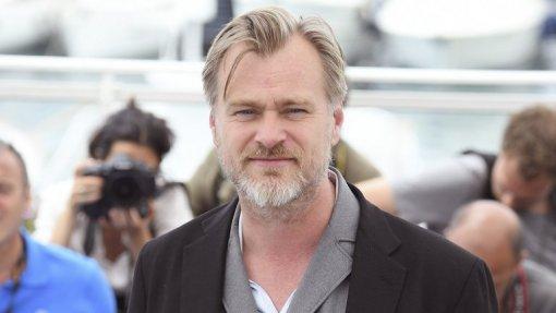 Утечка: появился первый трейлер нового фильма Кристофера Нолана. Его уже сравнивают с «Началом»
