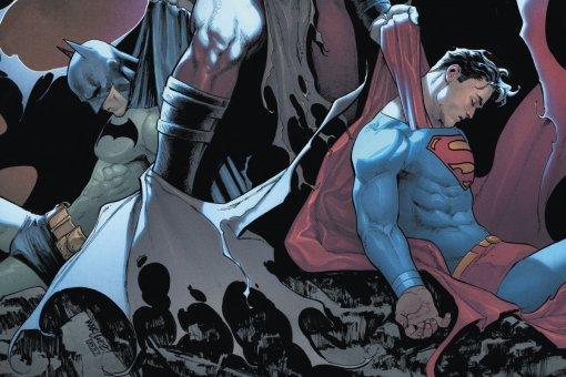 Бэтмен иСупермен потерпели сокрушительное поражение отзараженного супергероя