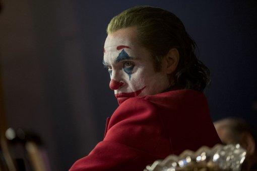 Опрос. Заслуживаетли Хоакин Феникс «Оскар» зароль Джокера?