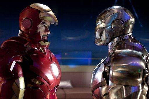 Стало известно, что Тони Старк носил под броней в«Железном Человеке2»
