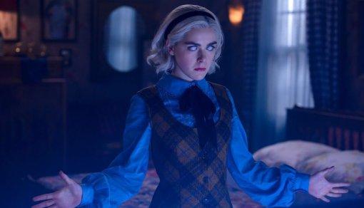 Сабрина становится королевой Ада в трейлере третьего сезона своего сериала