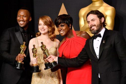 «Оскар» вэтом году снова будет без ведущего