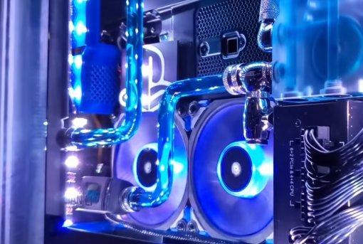 Теперь идеально: наPlayStation 4 Pro установили водяное охлаждение