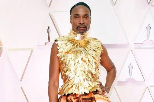 Билли Портер вплатье стал мемом. Онпокорил «Оскар-2020» своим нарядом
