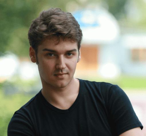 Умер «голос» Криса Прата иЭндрю Гарфилда— актер-дубляжа Сергей Смирнов