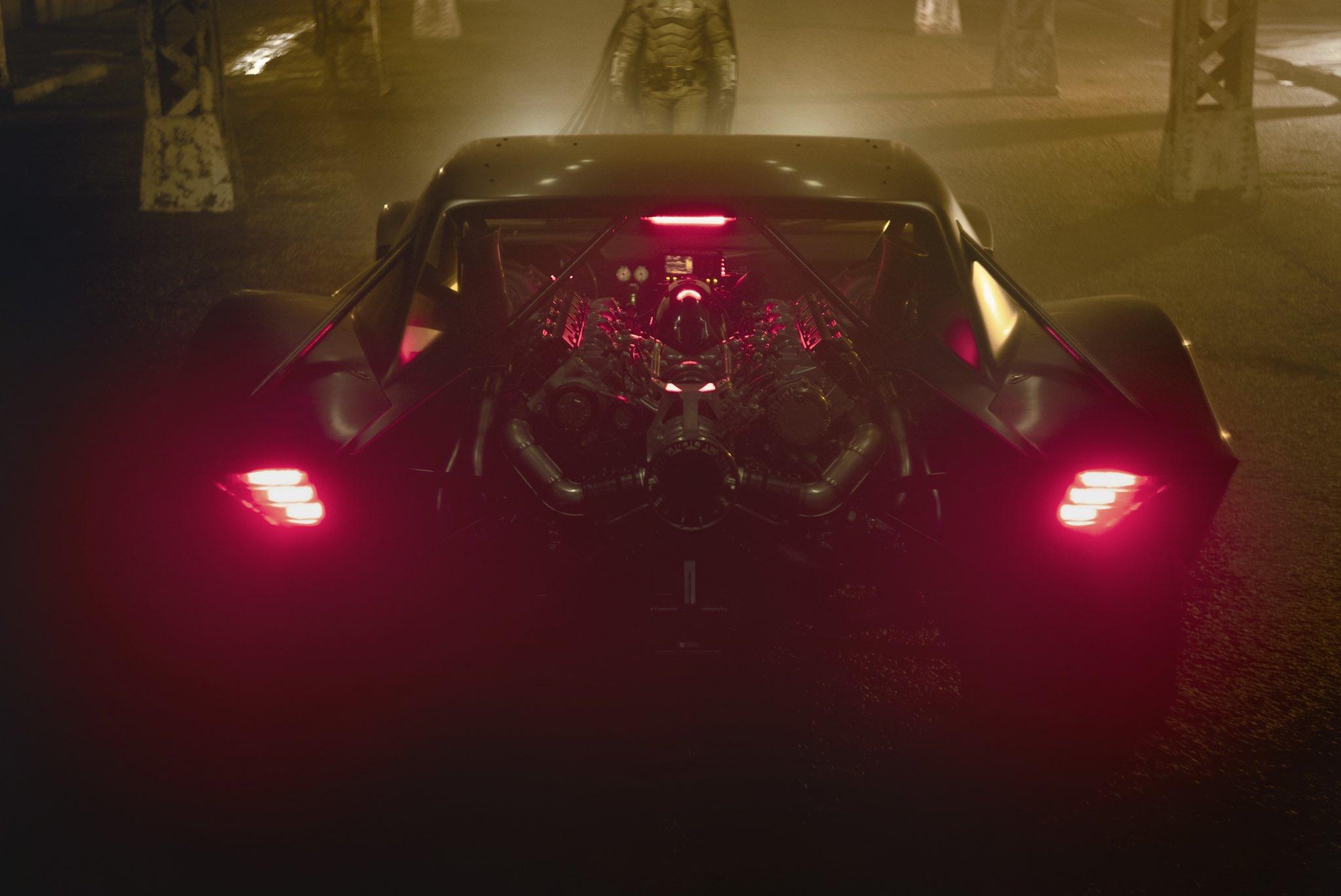 Мэтт Ривз показал бэтмобиль изнового «Бэтмена»