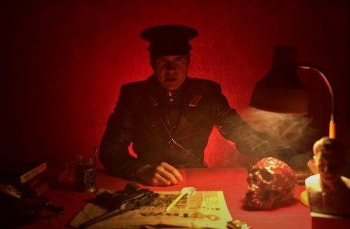 УBadComedian вышел спецвыпуск к9мая, где онрастерзал военную комедию «НаПариж»