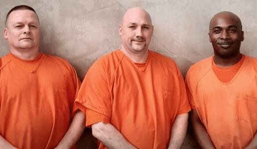 Заключенные вСША спасли охранника тюрьмы отсердечного приступа