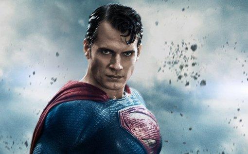 Генри Кавилл прокомментировал слухи овозвращении кроли Супермена