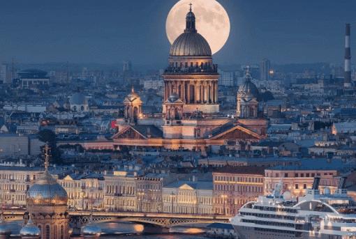 Ограничения напосещение фудкортов икинотеатров будут действовать вПетербурге до20сентября