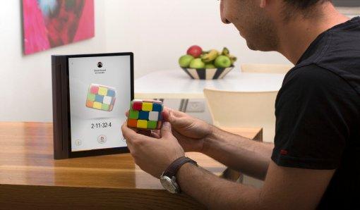 Появилась новая версия кубика Рубика. Внего добавили подключение кинтернету