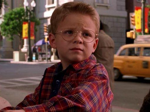 Помните героя «Стюарта Литтла»? Мальчик уже совсем не«литтл»— его неузнать