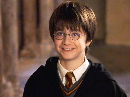 Первый «Гарри Поттер» превысил посборам 1 миллиард долларов. Понадобилось около 20 лет