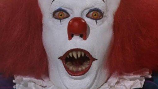 Фанаты ужасов делятся самыми страшными кадрами изфильмов