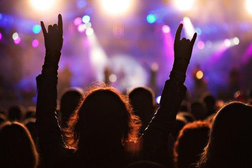 Концерты иностранных артистов вРоссии могут возобновить нераньше весны 2021 года