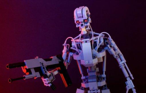 Терминатор, Властелин колец, Железный человек: дизайнер собирает невероятные модели изLEGO