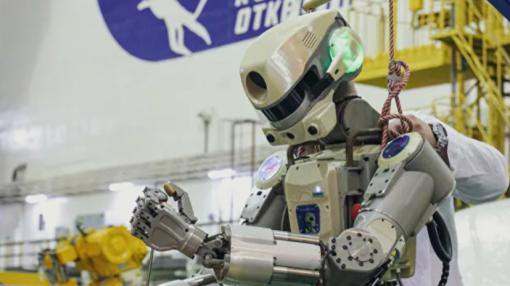 Твиттер робота Федора удалили. Он оскорблял космонавтов и обвинил их в пьянстве