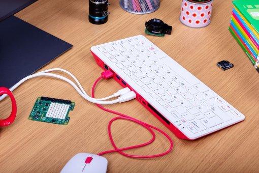 Представлен Raspberry Pi400— компьютер иклавиатура 2-в-1 поцене от5500 рублей