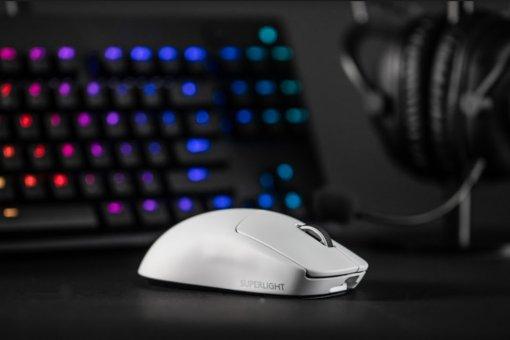 Logitech представила GPro XSuperligh— легкую беспроводную мышь для киберспортсменов