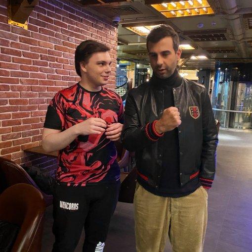 Иван Ургант сыграл в League of Legends на «Первом канале»