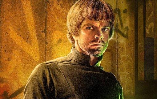 Фанаты «Мандалорца» хотят, чтобы Себастиан Стэн сыграл всериале Люка Скайуокера. Есть фанарт