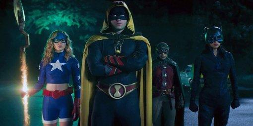 Студия Warner Bros. снимет фильм про Часовщика— супергероя DCизОбщества справедливости