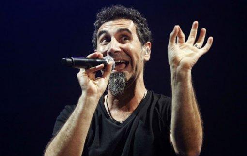 Солист System of a Down Серж Танкян выпустил альбом «Elasticity»