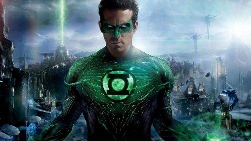 «Неидеально, ноинетрагедия»: Райан Рейнольдс впервые посмотрел «Зеленого фонаря»