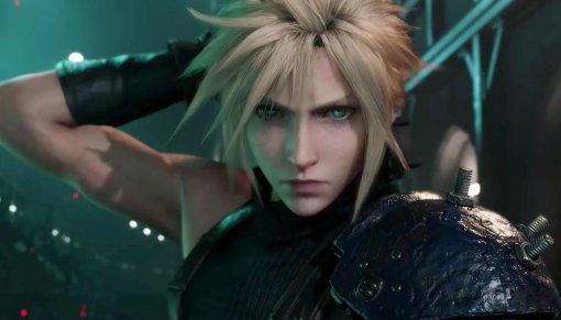Блогер показал, как поднять меч Клауда Страйфа из Final Fantasy VII. Для этого нужен экзоскелет
