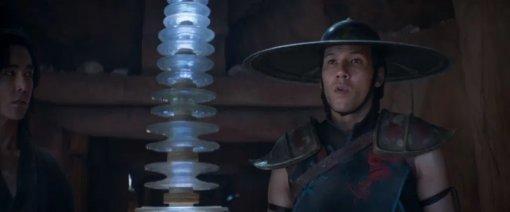 «Мортал Комбат»: исполнитель роли Кун Лао рассказал опервой примерке знаменитой шляпы