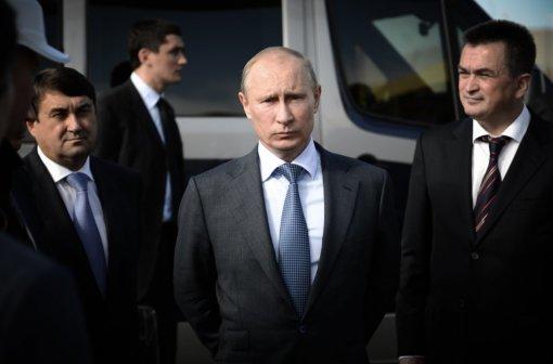«Майский паралич»: как соцсети шутили о«бесшовных» выходных Владимира Путина