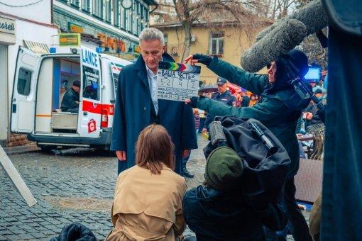 Главная роль в российской адаптации сериала «Ваша честь» досталась Олегу Меньшикову
