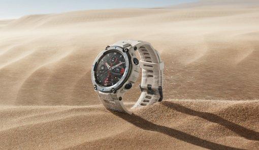 Начались российские продажи защищенных смарт-часов Amazfit T-Rex Pro