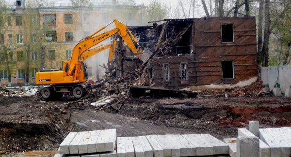 Профессиональный демонтаж домов