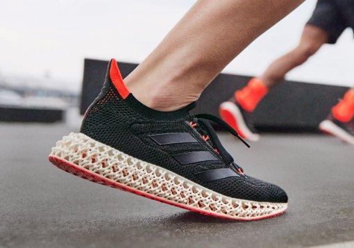 Adidas представил инновационные кроссовки с напечатанной на 3D-принтере подошвой