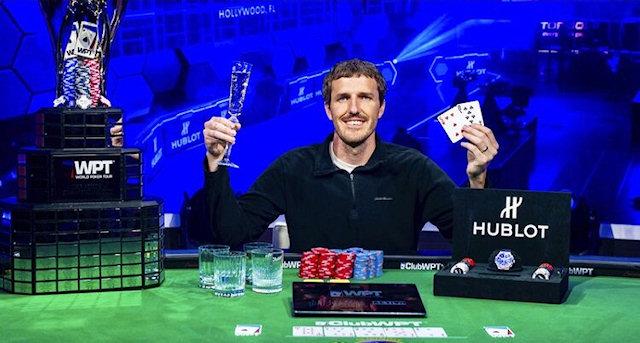 Медбрат, который боролся с коронавирусом, выиграл $1,26 млн в турнире по покеру