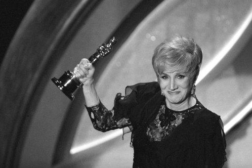 Умерла лауреатка «Оскара» и «Золотого глобуса» Олимпия Дукакис