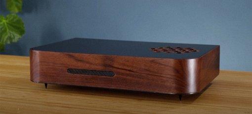 Энтузиаст пересобрал PlayStation 5 в стильном корпусе из дерева