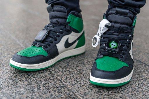 «Это кринж»: Wylsacom выпустил видео про кастомные кроссовки Nike