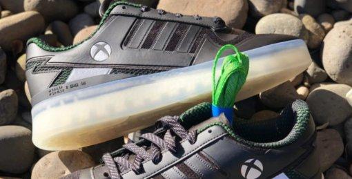 Microsoft и Adidas выпустят кроссовки в стиле Xbox