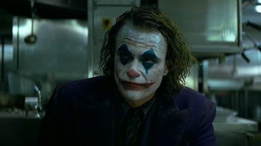 Феникс против Паттинсона: фанат показал трейлер «Джокера 2» сБэтменом