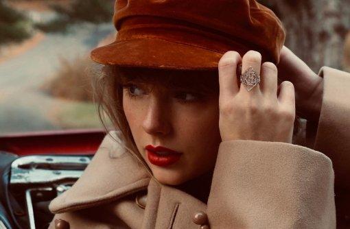 Тейлор Свифт перевыпустит альбом Red с30 песнями. Названа дата релиза