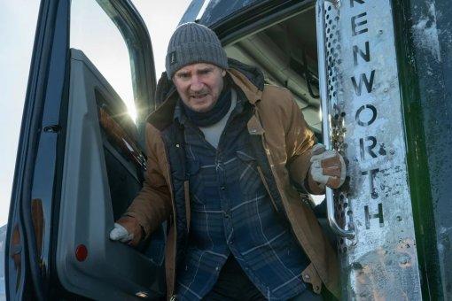 Лиам Нисон, лёд игрузовики: Netflix показал отрывок фильма «Ледяной драйв»