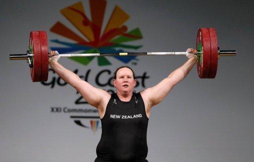 Трансгендерная тяжелоатлетка впервые выступит на Олимпиаде в Токио