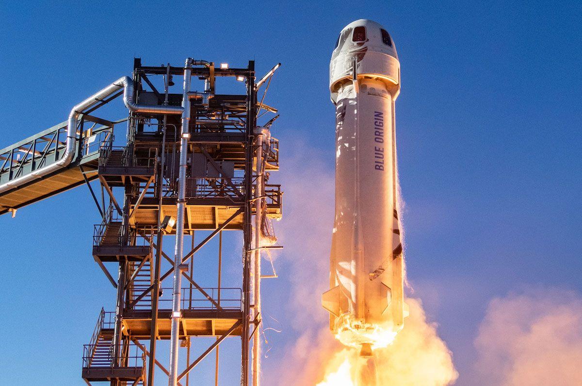 Компания Джеффа Безоса продала билет наполёт вкосмос за28 млн долларов